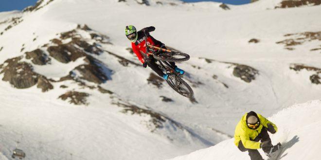 SHOWBIKE EN EL SNOWPARK DE KITZSTEINHORN