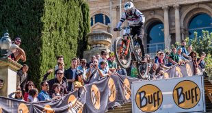 DOWN URBAN BARCELONA EXITO DE COMMENCAL ETHEN BOX